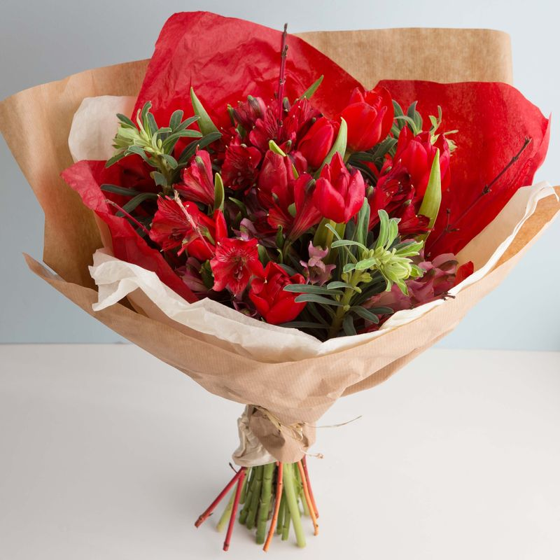 Handtied bouquet for valentines (1 of 1)